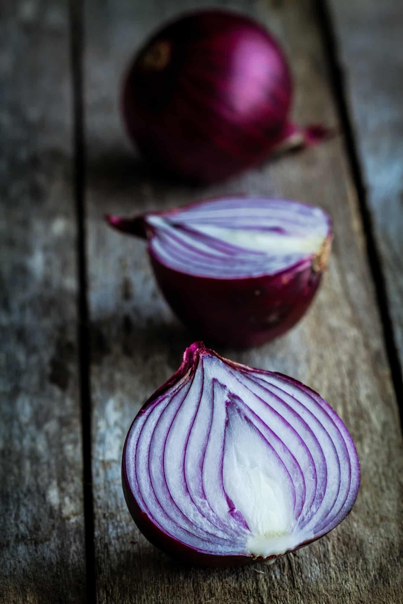 Fresh organic red onions